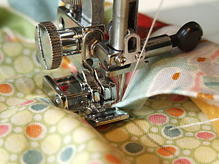 Girlie Bag Sewing Handle Close