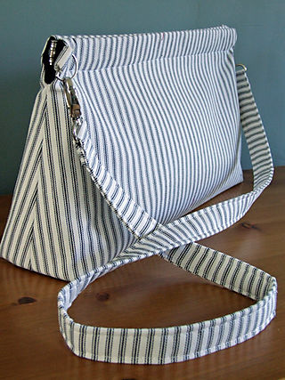 Black and White Bag Side